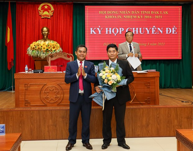 Bau bo sung Pho Chu tich Hoi dong nhan dan tinh Dak Lak hinh anh 1