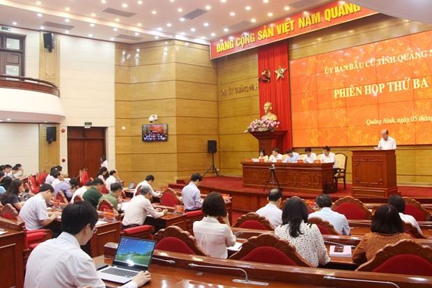 Quang Ninh phan dau niem yet danh sach cu tri cham nhat trong ngay 7/4 hinh anh 1