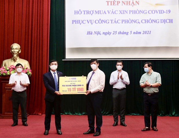 T&T Group trao tang 1 trieu lieu vaccine phong COVID-19 hinh anh 2