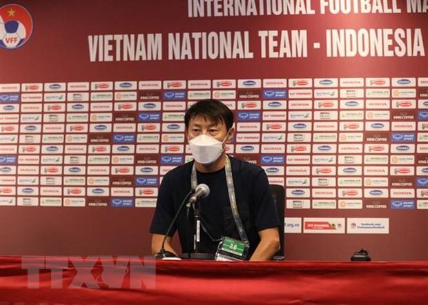 HLV Park Hang-seo: Viet Nam khong duoc 'ngu quen' tren chien thang hinh anh 2