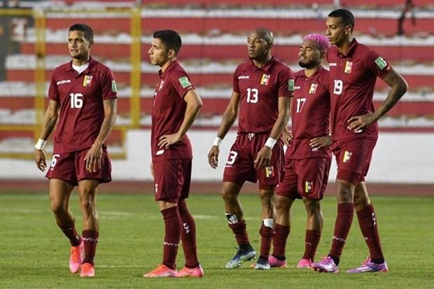 Giai bong da Copa America 2021 lai don nhan cu soc COVID-19 hinh anh 1