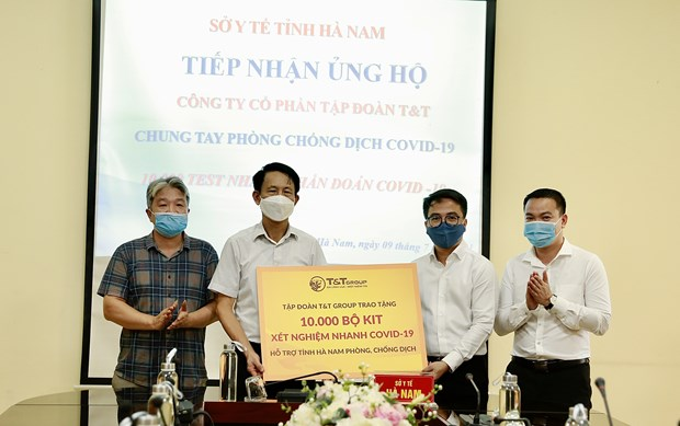 T&T Group ho tro tren 180.000 bo kit xet nghiem nhanh COVID-19 hinh anh 1