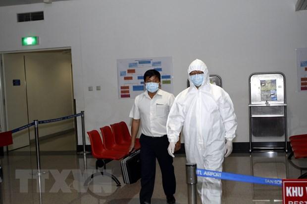 Tang cuong giam sat, phong chong virus Ebola o cua khau hinh anh 1