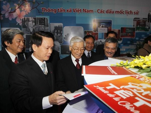 Tong Bi thu danh trong khai mac Hoi bao Xuan At Mui 2015 hinh anh 1