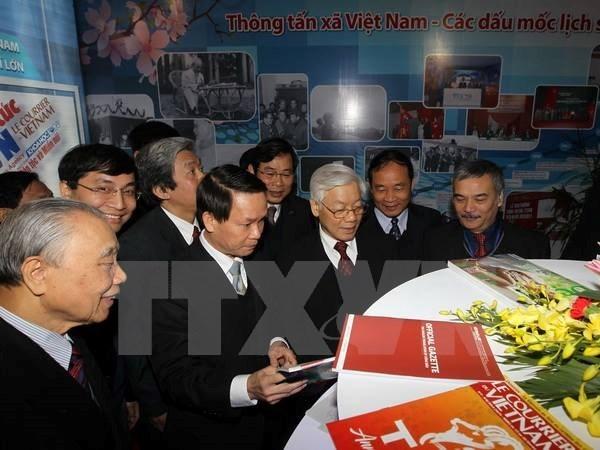 Quang Binh: Toa dam ky niem 90 nam Bao chi Cach mang Viet Nam hinh anh 1