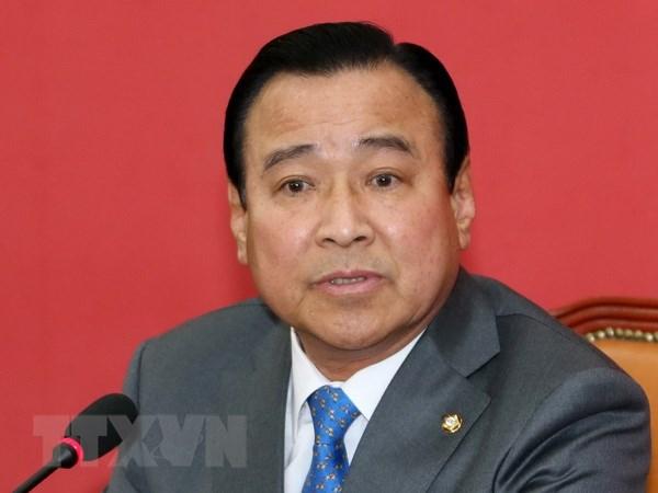 Cuu Thu tuong Han Quoc Lee Wan-koo bi ket toi nhan hoi lo hinh anh 1