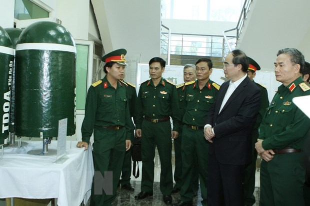 Ong Nguyen Thien Nhan lam viec voi Vien Khoa hoc-Cong nghe quan su hinh anh 1