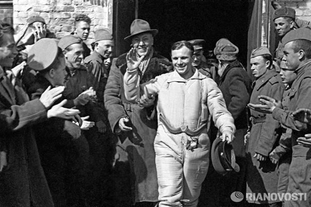 Ky niem 55 nam chuyen bay dau tien vao vu tru cua Yuri Gagarin hinh anh 1