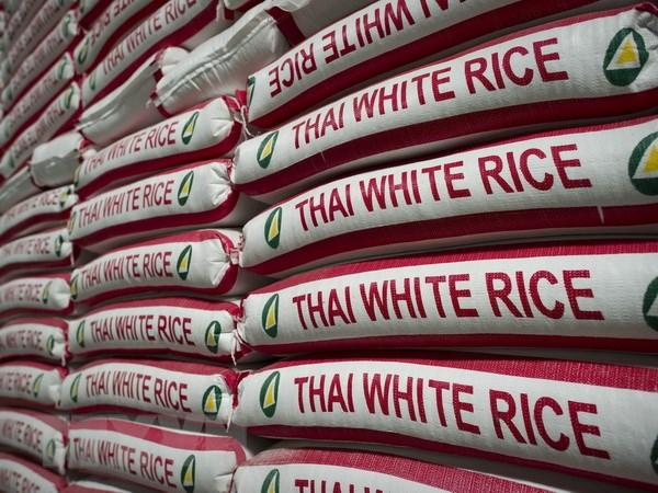 Thai Lan tiep tuc dau gia 1,1 trieu tan gao du tru voi gia cao hinh anh 1