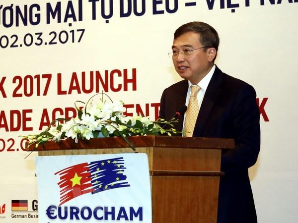 Sach trang EuroCharm: Viet Nam la diem den hap dan cua FDI hinh anh 1