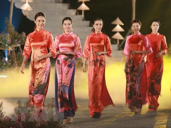 Festival Nghe truyen thong Hue: An tuong