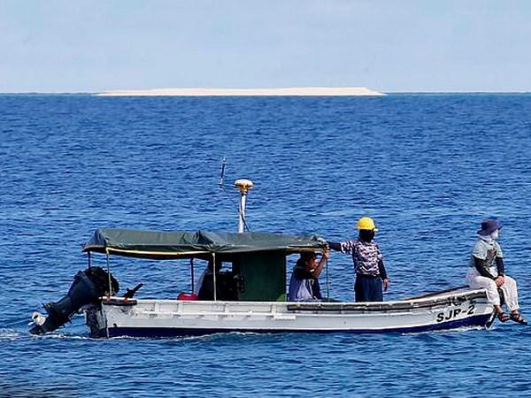 Philippines: Da giai quyet viec Trung Quoc dieu tau den bai Sandy Cay hinh anh 1