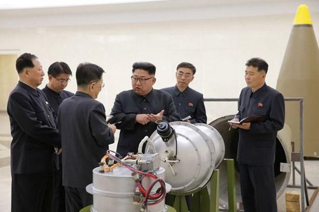 KCNA: Nha lanh dao Trieu Tien kiem tra dau dan ten lua la bom H hinh anh 2
