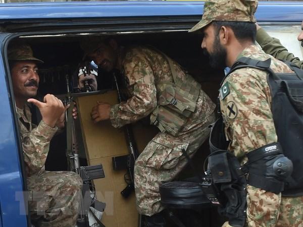 Ban phao qua bien gioi Pakistan-An Do lam gan 40 thuong vong hinh anh 1