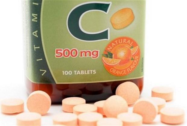 Vitamin C cung thuoc dac tri se rut ngan thoi gian dieu tri lao phoi hinh anh 1