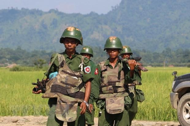 Myanmar: Dung do canh sat va nguoi bieu tinh, 7 nguoi thiet mang hinh anh 1