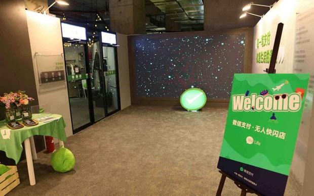 WeChat khai truong cua hang tu phuc vu dau tien o Thuong Hai hinh anh 1