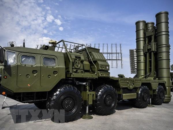 Qatar dam phan mua he thong ten lua phong khong S-400 cua Nga hinh anh 1