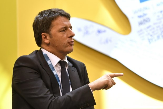 Italy: Cuu Thu tuong Renzi khang dinh khong lien minh voi M5S hinh anh 1