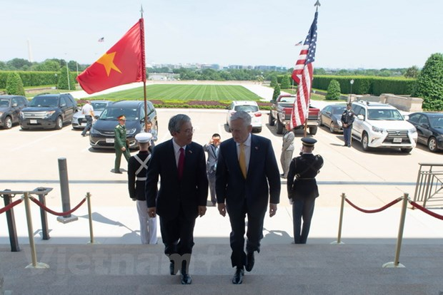 Dai su Viet Nam tai Hoa Ky hoi kien Bo truong Quoc phong James Mattis hinh anh 2