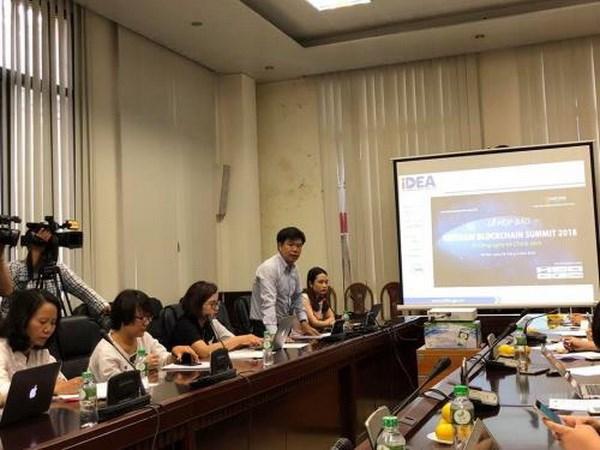 Dien dan VietNam Blockchain Summit: Tu cong nghe toi chinh sach hinh anh 1