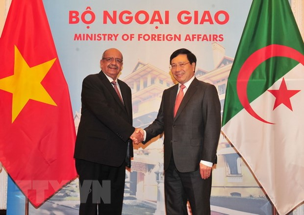 Bao Algeria dua tin ve chuyen tham cua Ngoai truong den Viet Nam hinh anh 2