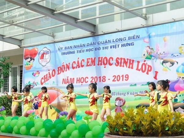 Truong tieu hoc do thi Viet Hung phai tra lai tien thu sai dinh hinh anh 1