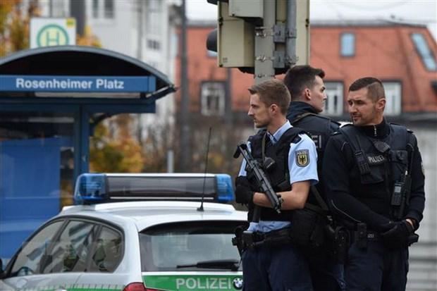 Duc: Tan cong bang dao o thanh pho Ravensburg, 3 nguoi bi thuong hinh anh 1