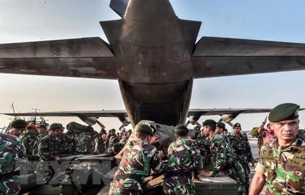 Dong dat, song than tai Indonesia: No luc noi lai hoat dong van tai hinh anh 1