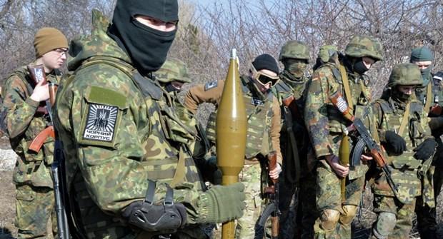 Nga noi Ukraine chuan bi hanh dong khieu khich quan su tai Donbass hinh anh 1