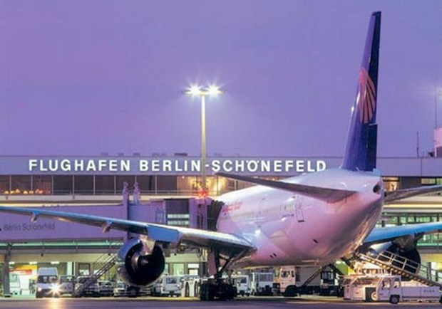 Một máy bay của Chính phủ Đức phải hạ cánh trong điều kiện nguy hiểm