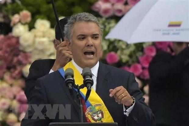 Colombia keu goi quan doi Venezuela chong lai Tong thong Maduro hinh anh 1