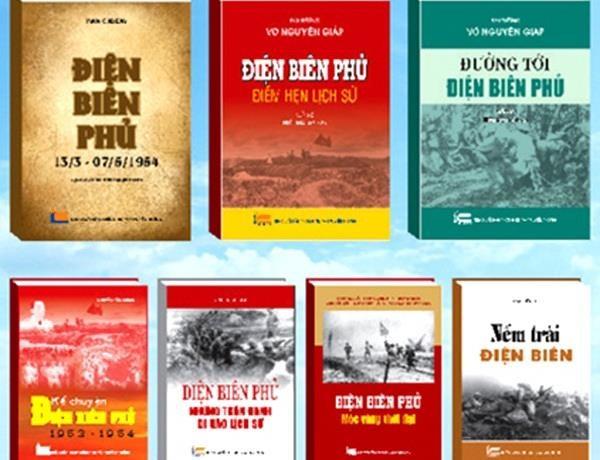 "Xuat ban bo sach ""65 nam chien thang Dien Bien Phu-Moc vang choi loi"" hinh anh 1"