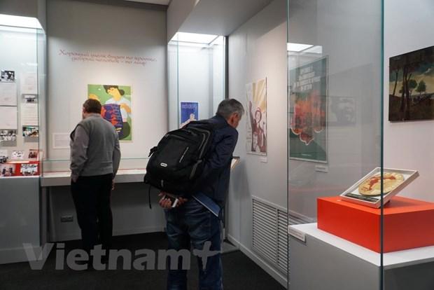 "Khai mac Trien lam tai lieu lich su ""Diem den-Viet Nam"" tai Nga hinh anh 3"