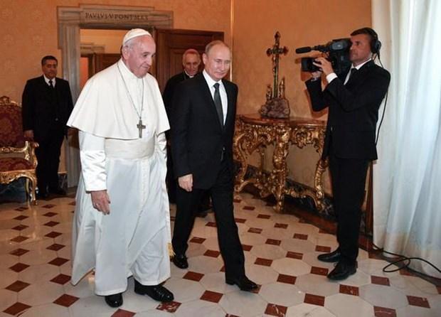 Tong thong Nga Vladimir Putin hoi kien Giao hoang Francis hinh anh 1