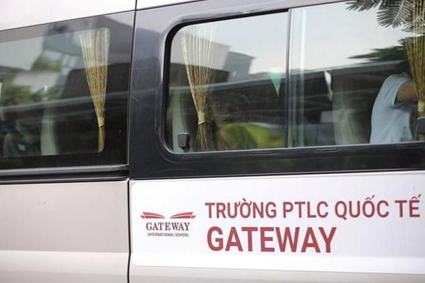 Vu hoc sinh tu vong o truong Gateway: Xe dua don hoat dong