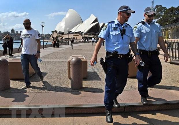 Canh sat Australia canh bao Hoa Kieu giu binh tinh ve van de Hong Kong hinh anh 1