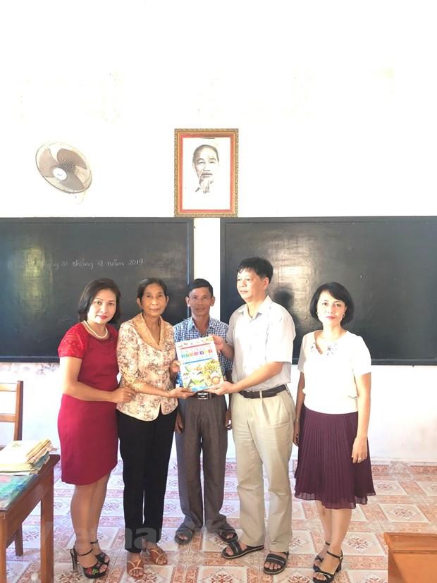 Tet Trung Thu dam am cua tre em Viet kieu tai tinh Preah Sihanouk hinh anh 2