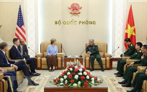 Thuong tuong Nguyen Chi Vinh lam viec voi Pho Tong Giam doc USAID hinh anh 1
