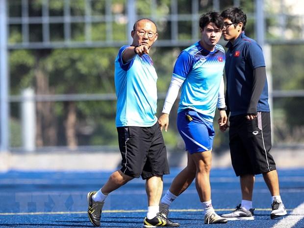 SEA Games 30: U22 Viet Nam tap tren mat san co dac biet o Manila hinh anh 1
