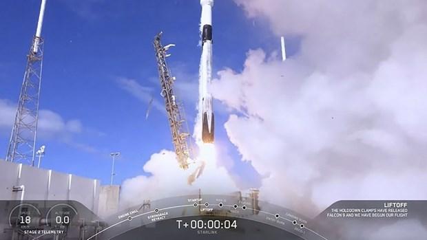 Cong ty vu tru tu nhan SpaceX phong tau con thoi Dragon len tram ISS hinh anh 1