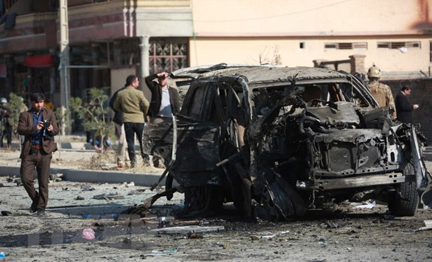 Afghanistan: Nhieu thuong vong trong vu no bom gan can cu cua My, NATO hinh anh 1
