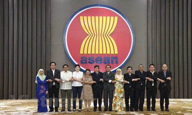Viet Nam nhan chuc Chu tich Uy ban cac dai dien thuong truc o ASEAN hinh anh 3