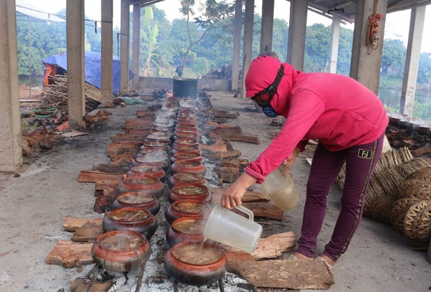 Ca kho Nhan Hau - Mon an truyen thong dip Tet den Xuan ve hinh anh 2