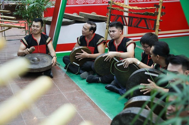 https://cdnimg.vietnamplus.vn/t620/uploaded/qfsqy/2020_03_23/20202303congchieng.jpg
