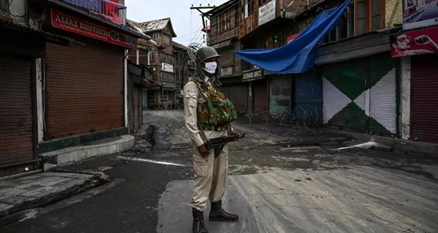 An Do ap dung lenh gioi nghiem toan bo tai vung lanh tho Kashmir hinh anh 1