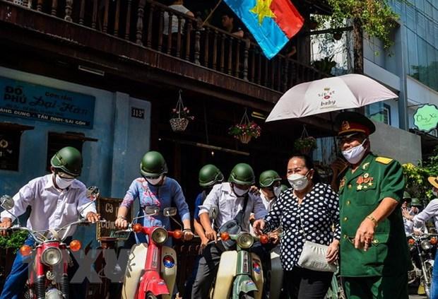 Thanh pho Ho Chi Minh kich cau du lich noi do dip le 2/9 hinh anh 1
