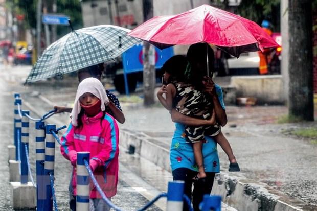 Bao Molave khien hang nghin nguoi o Philippines phai so tan hinh anh 1