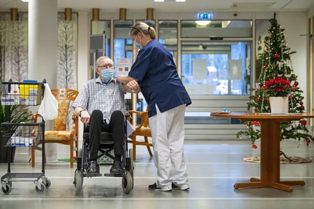 Thụy Điển vẫn thực hiện giãn cách xã hội, Đức sẽ đóng cửa biên giới