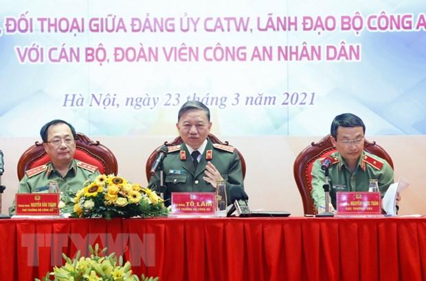 Bo truong Bo Cong an To Lam doi thoai voi tuoi tre Cong an nhan dan hinh anh 1